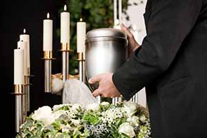 cremation urns and keepsakes